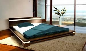 Lit design pas cher en bois massif himalaya deux finitions for Suspension chambre enfant avec matelas 160x200 haut de gamme