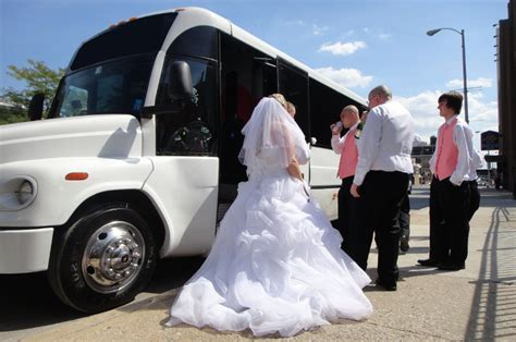 Wedding Limo Rental by Wedding Limos Orlando Limo Serivces For Weddings In