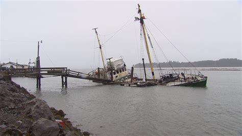King 5 Seattle Boat Show by King5 Sinking Boat Impacting Shellfish Harvest On