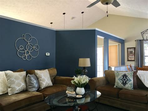 sherwin williams distance accent wall house