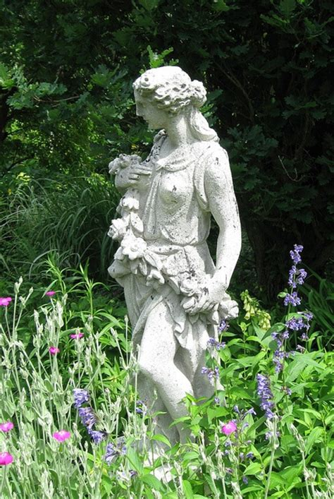 Beautiful Garden Statuary by 177 Best Images About Garden Statuary On