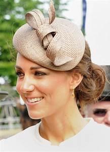 46 Best Fascinators Images On Pinterest Headdress