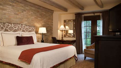 hotels in san antonio guest rooms omni hotel