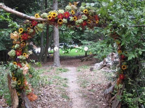 Walkway to wedding in woods   Picture of Khardomah Lodge, Grand Haven   TripAdvisor
