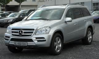 mercedes m class 7 seater file mercedes gl 450 cdi 4matic x164 facelift front 20100926 jpg wikimedia commons