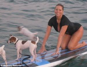 Mariah Carey Goes Surfing With Her Dogs But It39s A Wipe