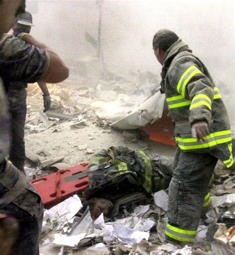 September 11 Photos The Heart Wrenching Images Of 911