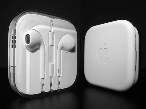 apple earpods colors identify the original and apple earpods differences