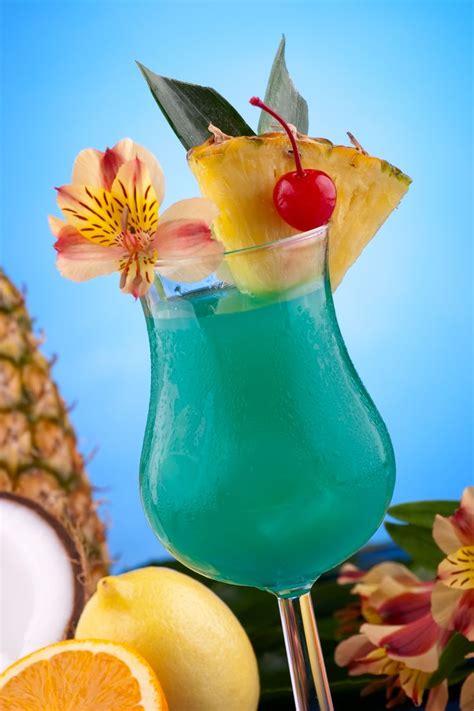blue hawaiian cocktail recipe   light rum