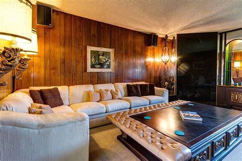 modernist  palm springs dream home  time stood  flashbak