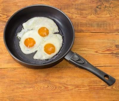 cuisine sans graisse comment cuire les oeufs sans graisse trucs et astuces