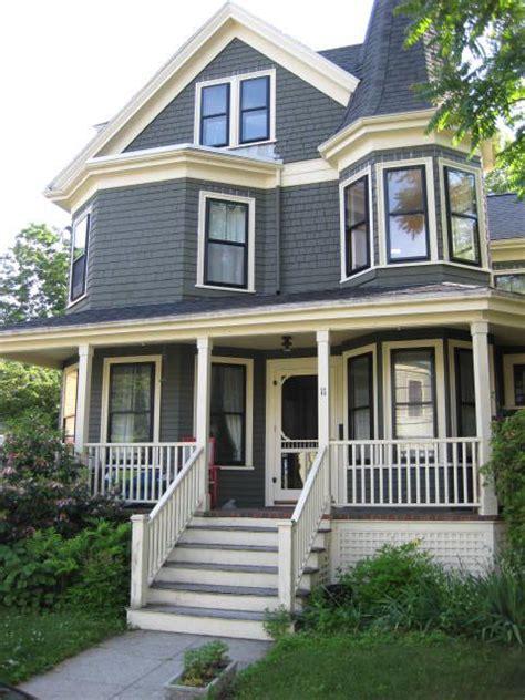 Best 25+ Victorian Style Homes Ideas On Pinterest