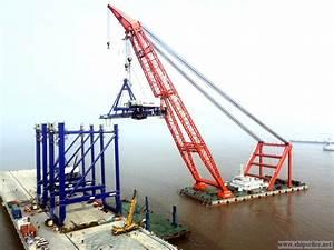 1800t floating crane charter crane barge 1800 ton rent