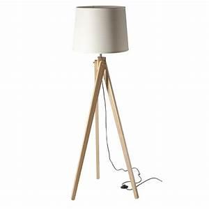 Lampe Sur Pied En Bois : lampadaire pitement en bois et abat jour en tissu blanc ~ Dailycaller-alerts.com Idées de Décoration