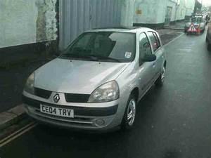 Renault 2004 Clio 1 2 16v Expression 5dr 5 Door Hatchback  Car For Sale