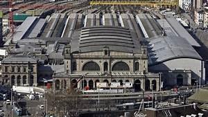 Nuit Agit U00e9e Autour De La Gare De Zurich - Rts Ch