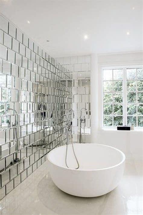 12x12 Mirror Tiles Ideas by Een Rond Bad Huis Inrichten