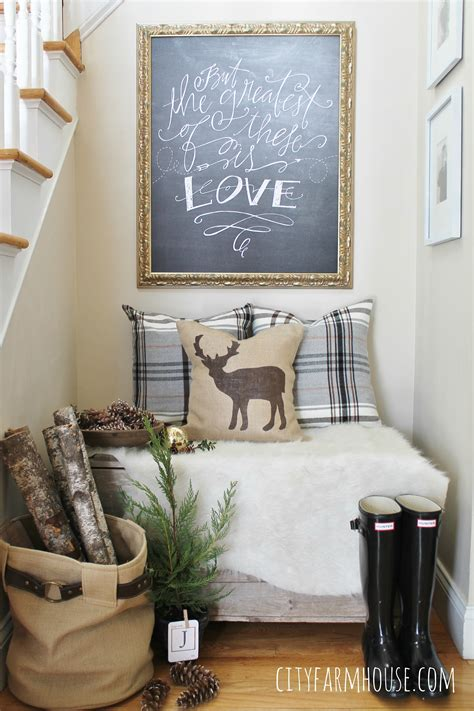 These beautiful farmhouse wall art ideas will help make your home feel cozy and collected, without costing a ton of money. Creating A Cozy Nook - City Farmhouse