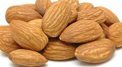 kacang kenari pengganti obat kuat alami health liputan6 com