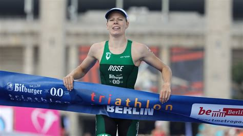 """She competed in the women's event at the 2016 summer olympics where she finished in 28th place. Laura Lindemann nach dem Titel bei der DM Triathlon: """"Beim ..."""