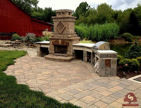 patio in set hardscaping designscape