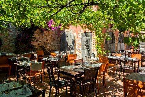 le restaurant la grotte restaurant calanques marseille 13008