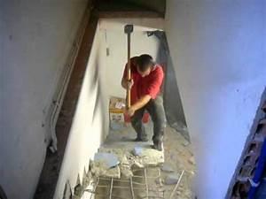 demolition d39un escalier en beton youtube With preparer un mur pour peindre