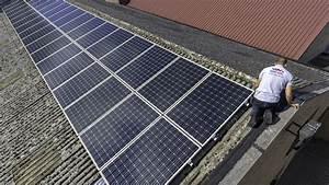 Panneau Solaire Gratuit : panneaux solaires free panneaux solaires with panneaux ~ Melissatoandfro.com Idées de Décoration