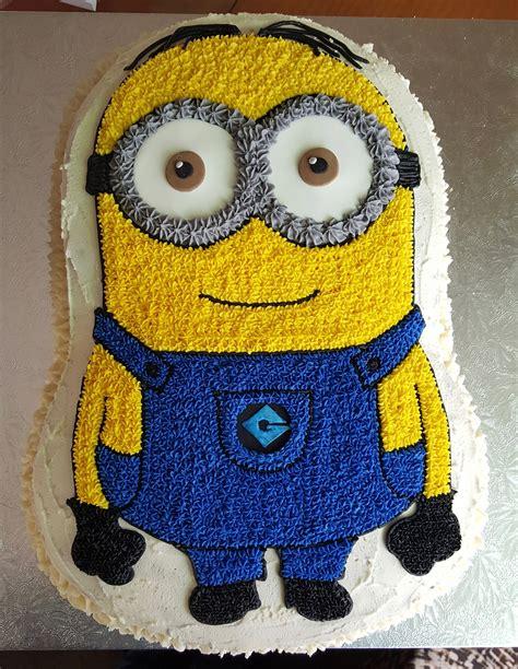 Minions cake design images (minions birthday cake ideas). Minion buttercream cake … (With images) | Minion birthday cake, Minion birthday, Birthday cake kids