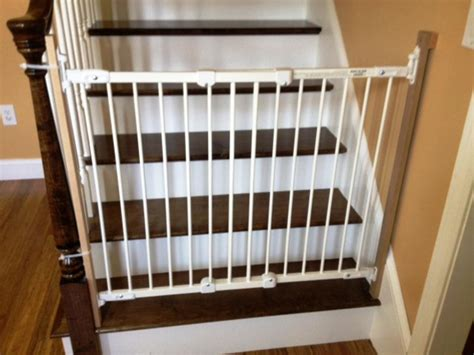 Baby Gate For Stairs With Banister And Wall by Decorating Safety Innovations From Baby Gates For Stairs
