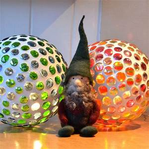 Mosaik Basteln Ideen : mosaik leuchtkugel bastelideen f r balkon pinterest ~ Lizthompson.info Haus und Dekorationen