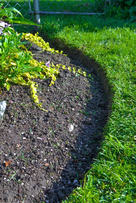 How To Kill Grass In A Flower Bed