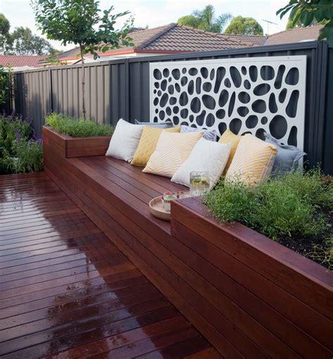 divine deck  planter box seat