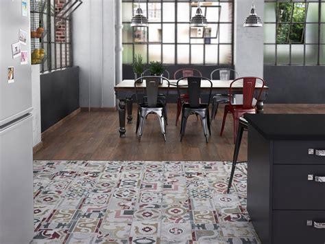 sol stratifié cuisine sol en vinyle de cuisine maison moderne