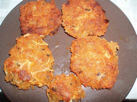 comment cuisiner du manioc recettes manioc chips galettes