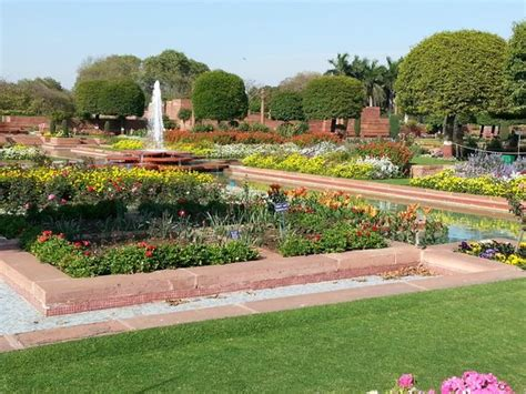 Picture Of Mughal Garden, New Delhi