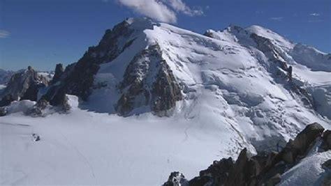 hauteur du mont blanc le mont blanc a grandi de trois m 232 tres