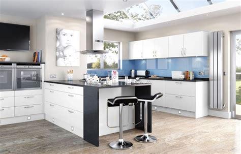 r駭ovation d armoires de cuisine rénovation cuisine photos inspirantes et astuces pratiques