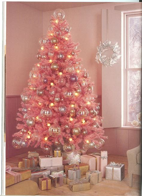 home for4 sweet home 11 fabulous decorated christmas trees