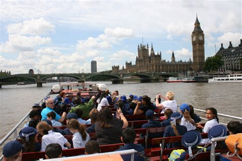 Boat Tour River Thames by Sightseeing City Cruises And Trips River Thames