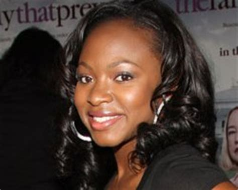 naturi naughton love island news former 3lw notorious star naturi naughton lands