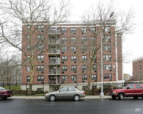 Garden Apartments On Island by Terrace Gardens Staten Island Ny Apartment Finder