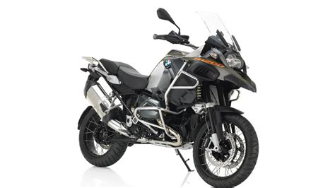 bmw   gs adventure review top speed