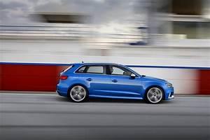 Audi Rs3 Sportback : audi rs3 sportback sedan 2017 specs price ~ Nature-et-papiers.com Idées de Décoration
