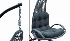 Fauteuil Cocon Suspendu : fauteuil suspendu de jardin design noir avec coussin gris rembourr ~ Teatrodelosmanantiales.com Idées de Décoration