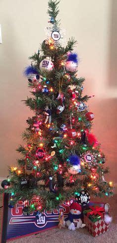york giants  yankees christmas tree holidays