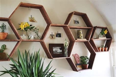 13 Simple Living Room Shelving Ideas