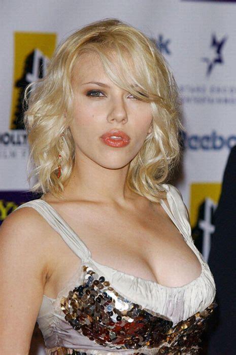 johansson s best breast moments 31 pics