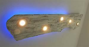 Deckenlampe Aus Holz : deckenlampe aus altholz im shabby look ~ Markanthonyermac.com Haus und Dekorationen