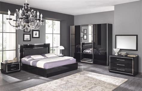 chambre a coucher chez but chambre adulte complète design stef coloris noir laqué